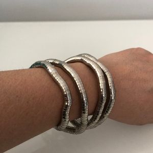3 for $25 🛍 Moldable bracelet / necklace